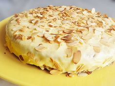 Anya főztje: Az ikeás svéd mandulatorta Cake Recipes, Dessert Recipes, Cakes Plus, Traditional Cakes, Salty Snacks, Yummy Food, Tasty, Hungarian Recipes, Baking And Pastry