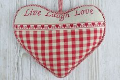 Hanging Heart Padded Red Live Laugh Love For Home Nan Gift or Mothers Day FD1290