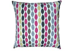 Cushion Cover Twist in the Sorbet colourway a by sharonskingley