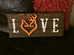 Wood pallet sign Deer Heart Love - Wooden home decor sign- recycled pallet sign- Deer hunting decor- Love sign- Lodge and cabin decor sign