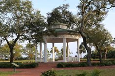 We were fortunate last week to have some time to drive down to the coast and travel along scenic Highway 98. We drove along the most south...