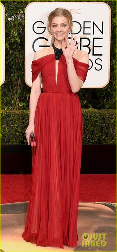 Natalie Dormer & Emilia Clarke Represent 'Game of Thrones' at the Golden Globes 2016