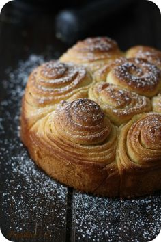 La Brioche Bouldouk - nothing says 'welcome' more than a home scented with the smell of rising and baking breads. Breakfast Pastries, Bread And Pastries, Bread Recipes, Cooking Recipes, Artisan Bread, Sweet Bread, Bread Baking, Food Styling, Baked Goods