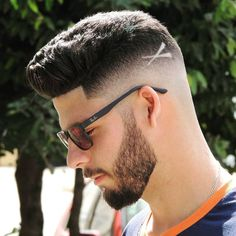 Trending Hairstyles 2019 - Best Short Haircuts For Men - EveSteps Trending Hairstyles, Hairstyles Haircuts, Straight Hairstyles, Cool Hairstyles, Straight Ponytail, Cool Mens Haircuts, Best Short Haircuts, Haircut Designs For Men, Hair Designs For Boys