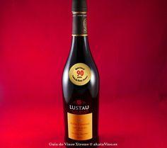 Lustau San Emilio PX @BodegasLustau - Jerez Sherry - 90 puntos #GuiadeVinosXtreme http://www.akatavino.es/portfolio-items/lustau-san-emilio-px-jerez-sherry