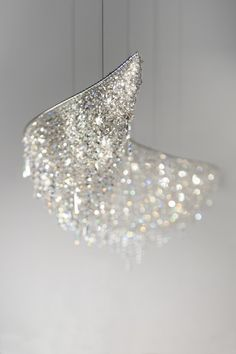 Halogen crystal pendant lamp VAGUE | Crystal pendant lamp - @manooi