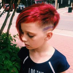 Well, little Miss Jorja is just one awesome chica!! She is totally owning her #HotPinkHair with an #Indigo stripe 👊💥💗don't worry - there were no harsh chemicals used in the process. This was done with #Matrix #colorgraphicslaquers in #Magenta melted into #LightPink 🌈 the side detail is #Indigo 💃I knew the perfect product forJorja would be #OilWonder #EgyptianHibiscus for color protection and shine & #BohoChill for easy styling 😻 #Matrix #WeAreTheCanvas #biolageRAW #liveRAW #pinkhair…