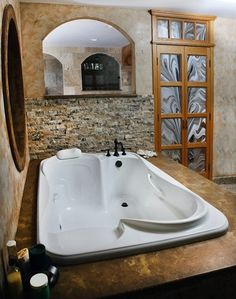 Bath for TWO!