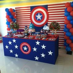 75 Blue and Red Party Themes Ideas - Spark Love Avengers Birthday, Superhero Birthday Party, 4th Birthday Parties, Birthday Party Decorations, Boy Birthday, Avengers Party Decorations, Captain America Birthday Cake, Captain America Party, Anniversaire Captain America