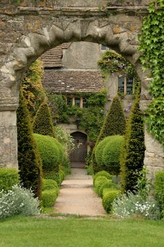 tocapturecastles:Abbey House Gardens in Malmesbury, Wiltshire  enchanted england: lovely example of a topiary garden; where the foliage and shrubs are maintained into clearly defined shapes.