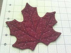 Maple leaf mug rug More