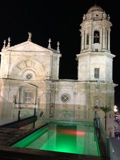 Catedral de Cádiz desde la terraza del hotel La Catedral, Cádiz, Andalucía, Spain