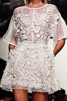 elie saab - little white lace dress