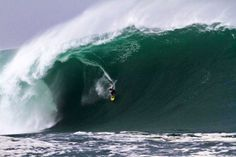 Andrew Cotton (UK) with a last minute XXL entry from a recent session in Ireland. Photo: David Olsthoorn