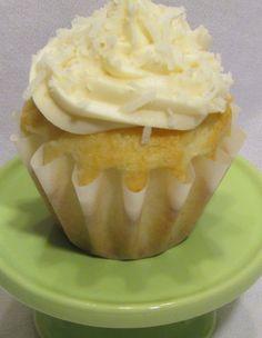 Baker Becky: Coconut Cupcakes