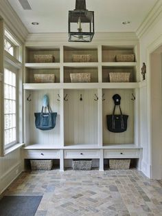Farmhouse Hallway Design Ideas - Search farmhouse hallway ideas and also decoration ideas. Discover a selection of farmhouse hallways to motivate your remodel, consisting of storage, layout as well as shade ... #farmhousehallwaydesign #farmhouseideas #farmhousehallwaybench