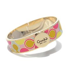#CoachOutletStore I Believe You Will Love Coach Linked Signature C Pink Bracelets AKR At First Sight!