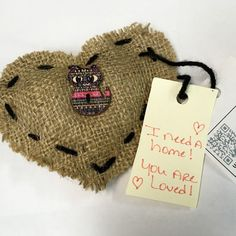 I found my fantastic homespun heart outside my office (Portales News-Tribune).  I love cats so this was purrrrfect! >^..^< #ifaqh #ifoundaquiltedheart