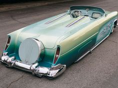1950 Ford cool...can't imagine the feeling that would come over me if I could drive this car...