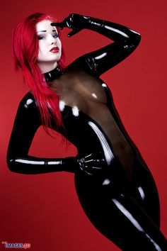 sexylatexmodels: latex meisjes