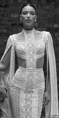Bohemian Schick, Bridal Gowns, Wedding Gowns, Looks Chic, Boho Wedding Dress, Lace Wedding, Chic Wedding, Mermaid Wedding, Floral Wedding