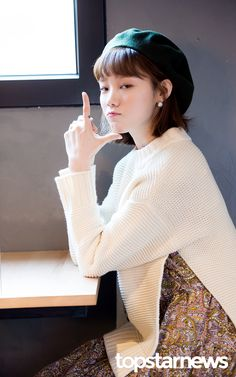 Put yourself on my body Lee Sung Kyung Fashion, Lee Sung Kyung Style, Cute Korean, Korean Girl, Lee Sung Kyung Wallpaper, Weighlifting Fairy Kim Bok Joo, Korean Celebrities, Celebs, Joon Hyung