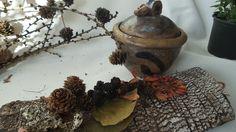 ceramiczna cukiernica, brązowa glina z szamotem