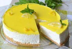 Torta fredda al limone e ricotta ricetta senza cottura, leggera golosa e gustosa, facile e senza appesantire, ideale in estate, dolce freddo estivo