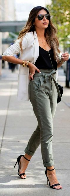 Best Casual Work Outfits for Women 45 Best and Stylish Business Casual Work Outfit for Women Summer Work Outfits, Professional Outfits, Casual Summer Outfits, Fall Outfits, Casual Pants, Khaki Pants, Business Professional, Dress Casual, Formal Pants
