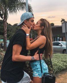 Cute Couples Photos, Cute Couple Pictures, Cute Couples Goals, Cute Photos, Couple Pics, Fall Photos, Couple Shoot, Couple Goals Relationships, Relationship Goals Pictures