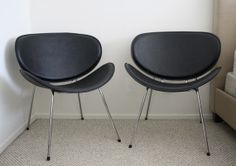 Pair of Black MidCentury Style Chairs by ChairToSpare on Etsy, $160.00