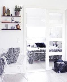 50 Cozy And Comfy Scandinavian Bedroom Designs | DigsDigs