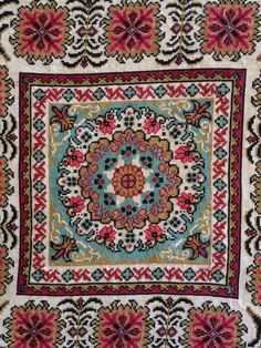 Gallery.ru / Фото #33 - 34 - ergoxeiro Folk Embroidery, Cross Stitch Embroidery, Cross Stitch Patterns, Cross Stitch Tree, Repeating Patterns, Knitting Needles, Oriental Rug, Needlepoint, Bohemian Rug