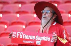 É para você, Fernandão. Inter enfrenta Coritiba em jogo com homenagens a ídolo; siga no Terra http://esportes.terra.com.br/futebol/brasileiro-serie-a/ao-vivo/internacional-x-coritiba/34358…