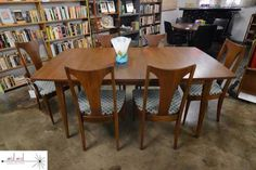 Broyhill Premiere Sculptra dining table and chairs. New upholstery. Available now at Mid Mod Collective. Email midmodcollective@gmail.com for more info. SOLD!