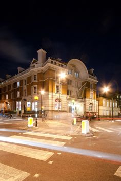 Clink78: Beautifully renovated courthouse building with original cells and courtrooms, and a history that links Charles Dickens and The Clash | London