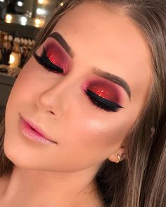 Want to know more about foundation makeup Cute Makeup, Glam Makeup, Beauty Makeup, Makeup Looks, Arte Aries, Make Up Inspiration, Professional Makeup Artist, Makeup For Brown Eyes, Eyeshadow Looks