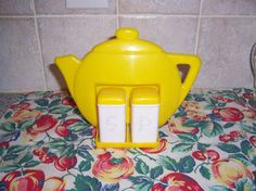 Vintage Yellow 1950's Plastic Teapot Holder Salt and