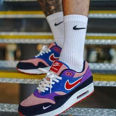 50 best nike shoes 2019 can really make you cooler page 4 Nike Shoes Outfits, Adidas Outfit, Air Max 1, Fashion Models, Fashion Outfits, Fashion Tips, Nike Air Max 90s, Air Max Sneakers, Sneakers Nike
