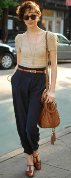 Vintage style, high waisted trousers & blouse, Combinations colors