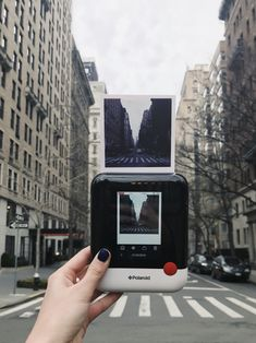 The world on pause / The Polaroid Pop