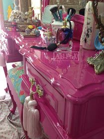Incredible furniture, Need for spectacularly further suggestions, pop by the link ref 3930292281 today on 20191123 Funky Painted Furniture, Pink Furniture, Refurbished Furniture, Upcycled Furniture, Unique Furniture, Shabby Chic Furniture, Furniture Makeover, Glam Room, Makeup Rooms