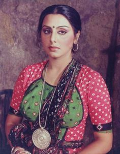 Neetu Singh in Kaala Patthar Randhir Kapoor, Rishi Kapoor, Indian Bollywood Actress, Indian Actresses, Neetu Singh, Old Film Stars, Vintage Bollywood, Hindu Art, Old Actress