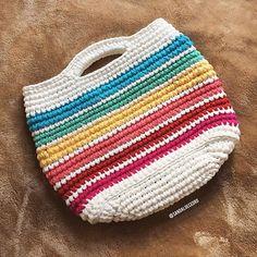 Rainbow bag, perfeita pro verão (se quiserem em outras cores, podemos fazer! Escreve pra gente: sandaloecedro@gmail.com)