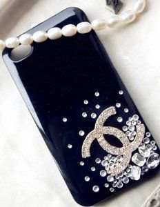 Bluesoul® Handmade Designer Luxury Bling Crystal Swarovski Diamond for Iphone 5 Case Cover Coque With Gift Box - - Product Description: Effectively protect the iPhone from dust, scratches, Diamond 3d, Cute Phone Cases, Iphone Cases, Iphone 4s, Bling Bling, Chanel Phone Case, Coque Iphone 4, Scrapbook Cover, Smartphone