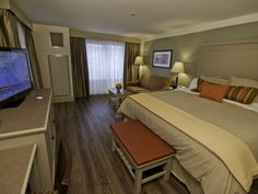 1000 Islands Harbor Hotel Clayton NY on St. Harbor Hotel, Thousand Islands, Hotel Offers, Guest Room, Indoor, Pillows, Luxury, Bed, King