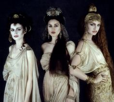 Florina Kendrick, Monica Bellucci and Michaela Bercu as Dracula's Brides in Bram Stoker's Dracula