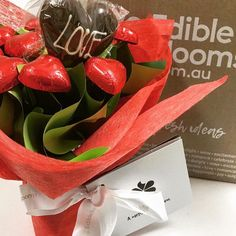 I was surprised by my hubby with a gorgeous bouquet of @edibleblooms today! They are delicious, so sweet and such a great alternative to flowers. #edibleblooms #happyvalentinesday #chocolate #boquet #love