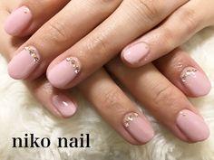 こんにちは、niko nail です。    ハロウィンで皆さん盛り上がっているのでは   ないでしょうか...