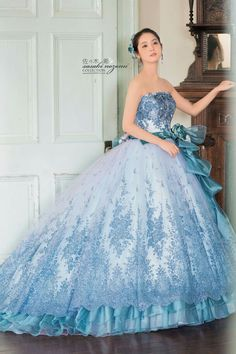 - Source by jeansteves - Disney Prom Dresses, Poofy Prom Dresses, Prom Dresses Two Piece, Prom Dresses For Teens, Pretty Outfits, Pretty Dresses, Beautiful Dresses, Fairytale Dress, Wedding Dress Patterns